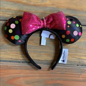Minnie ears, polka dot with pink sequin bow